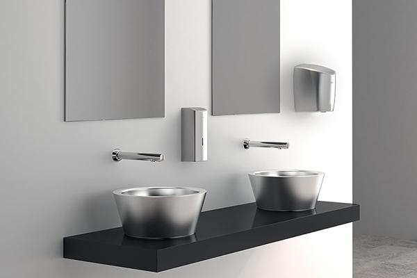 100-prosenttisesti kierrätettävät ja hygieeniset rosteriset WC-kalusteet
