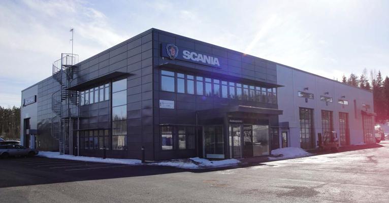 Liikerakennus Scan-Auto Oy Ab:lle Hämeenlinnaan