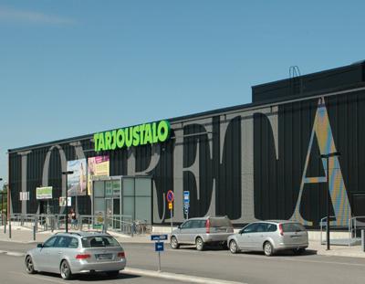 Retail Park Saloon
