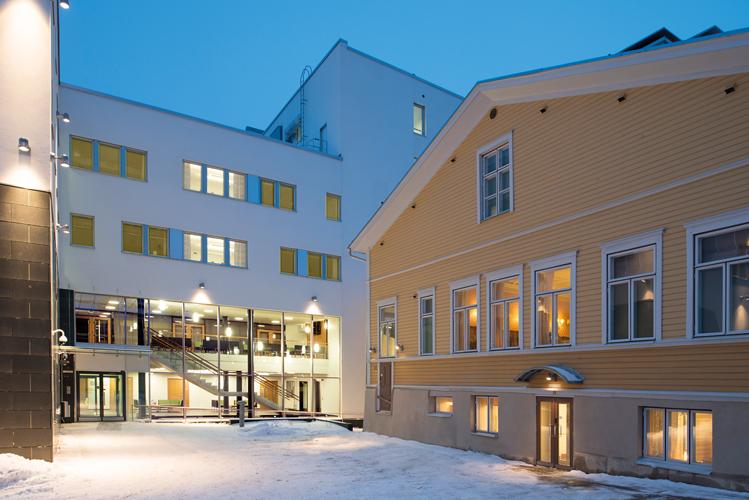 Oulun keskustan seurakuntatalo