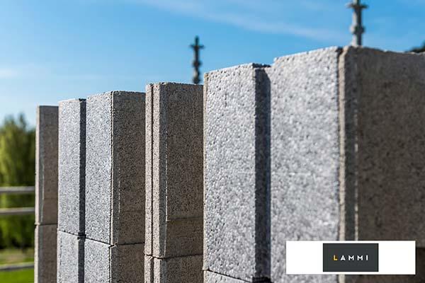 Kotimaisilla Lammi Harkoilla kestävää, laadukasta ja turvallista rakentamista.